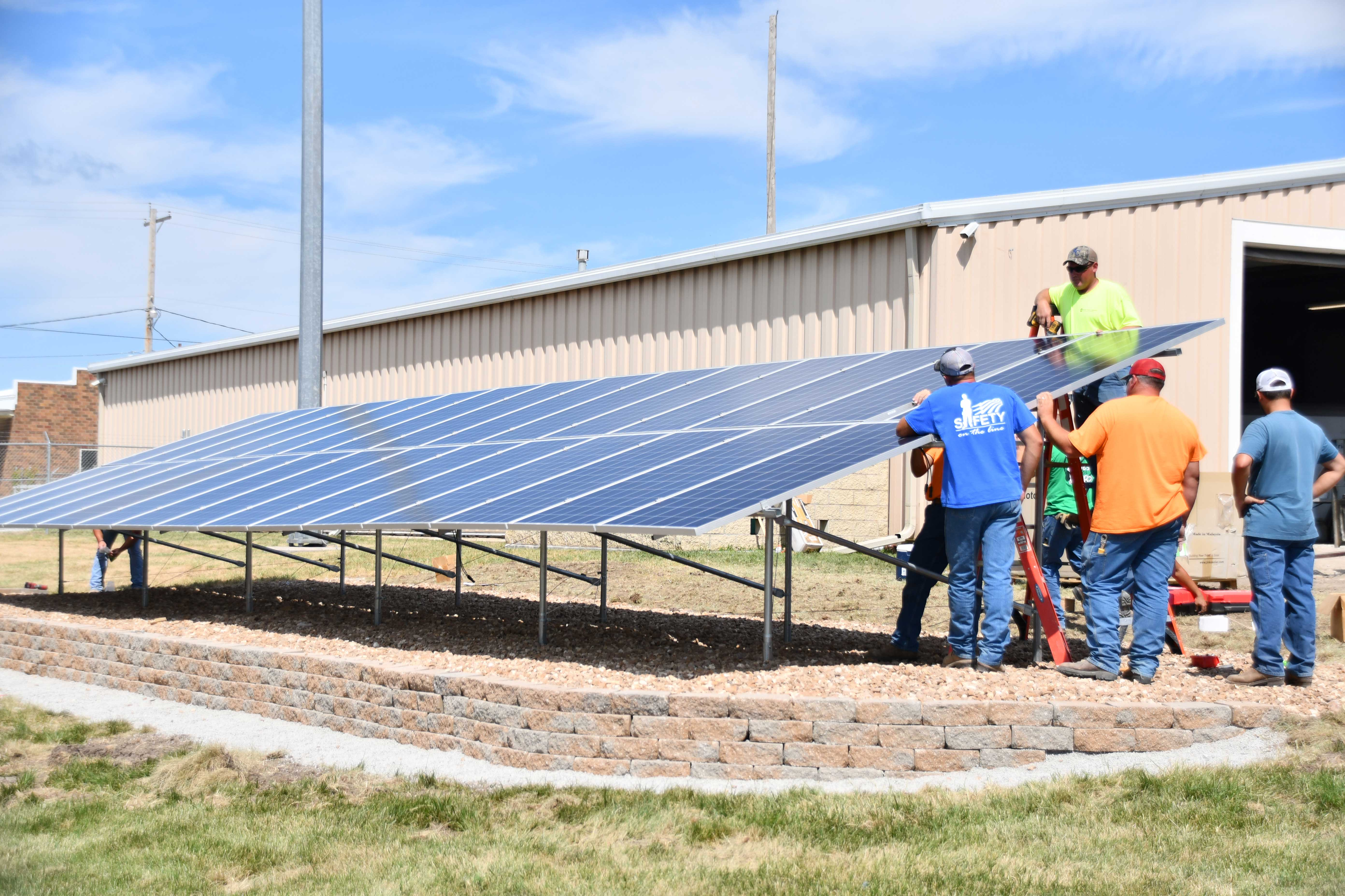 Farmers' Electric's Solar 101 Demonstration array